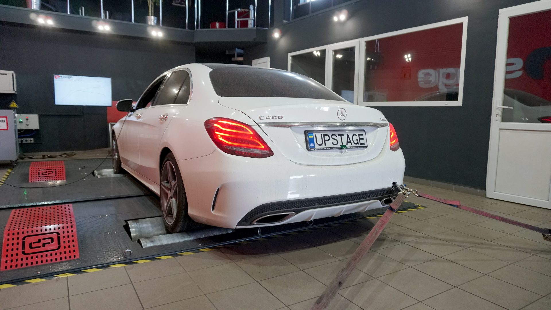 чип тюнинг Mercedes Benz C400