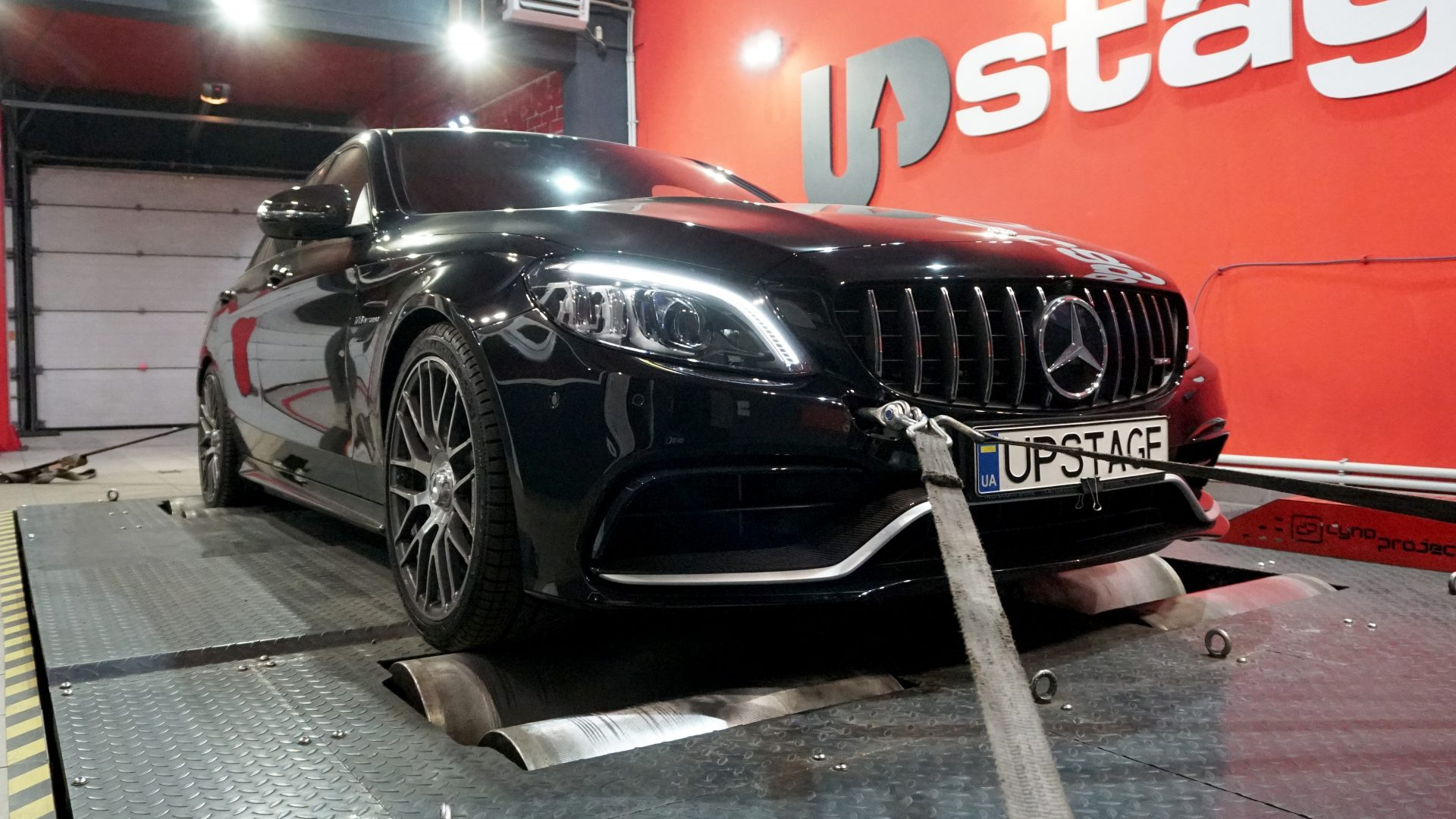 чип тюнинг Mercedes - Benz C63 AMG